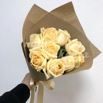 9 кенийских роз