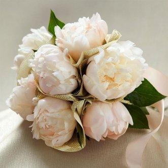 Букет невесты из пионов «Белый пион»