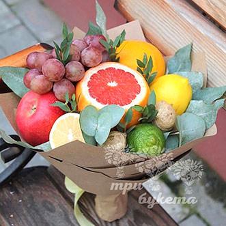 Букет из грейпфрута и винограда